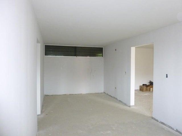 Apartamento Distrito Metropolitano>Caracas>Colinas de La Tahona - Venta:6.200.000.000 Bolivares Fuertes - codigo: 16-17228