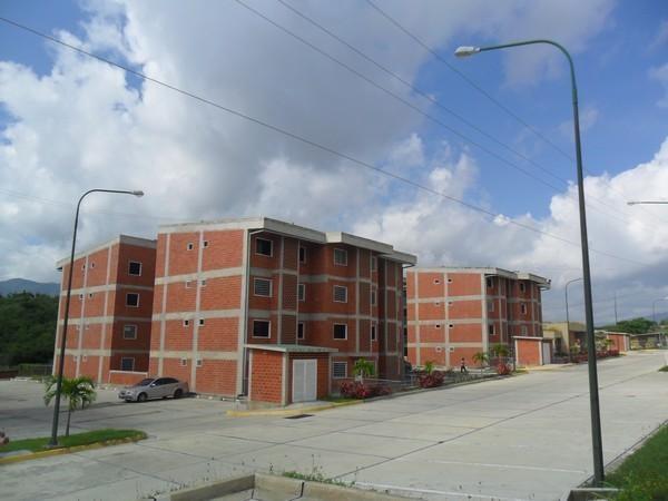 Apartamento Miranda>Guatire>Parque Habitad El Ingenio - Venta:3.453.000.000 Bolivares Fuertes - codigo: 16-17272