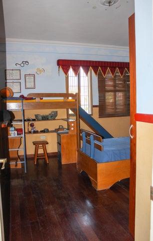 Casa Lara>Barquisimeto>Monte Real - Venta:385.057.000.000 Precio Referencial - codigo: 16-17284