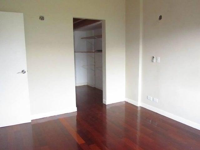 Apartamento Distrito Metropolitano>Caracas>Izcaragua - Venta:44.696.000.000 Precio Referencial - codigo: 16-17331