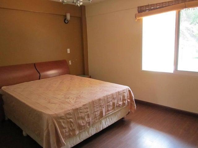 Apartamento Distrito Metropolitano>Caracas>Izcaragua - Venta:54.965.000.000 Precio Referencial - codigo: 16-17336
