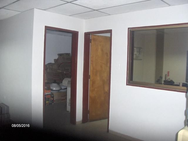 Local Comercial Lara>Barquisimeto>Parroquia Concepcion - Alquiler:500.000 Bolivares - codigo: 16-17360