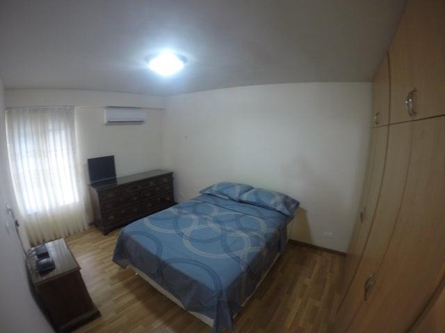 Apartamento Distrito Metropolitano>Caracas>Colinas de Los Ruices - Venta:163.069.000.000 Precio Referencial - codigo: 16-17418
