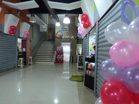 Local Comercial Aragua>Maracay>Avenida Bolivar - Alquiler:50.000 Bolivares - codigo: 16-17444