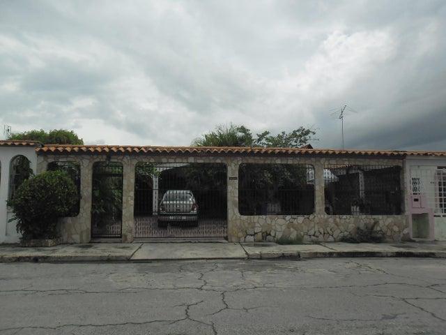 Casa Carabobo>San Joaquin>Villas del Centro - Venta:5.191.000.000 Precio Referencial - codigo: 16-17472