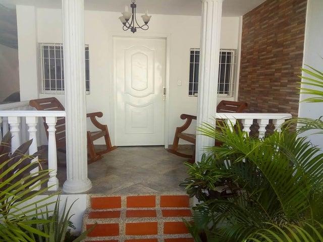Casa Vargas>Parroquia Caraballeda>Los Corales - Venta:83.375.000.000 Precio Referencial - codigo: 16-17588