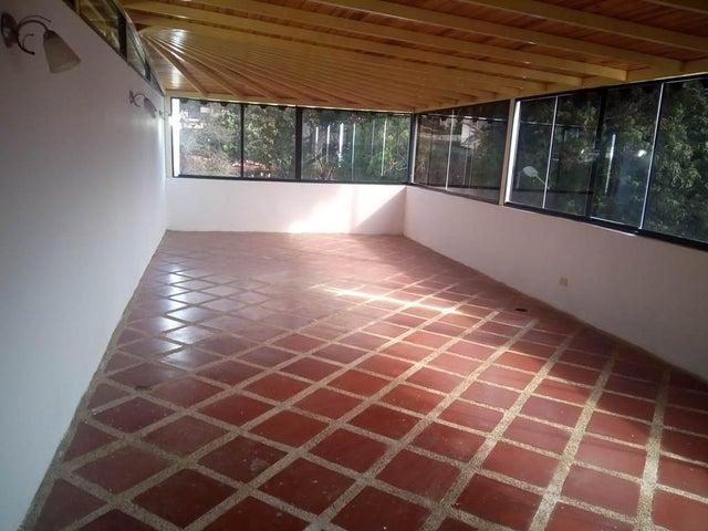 Casa Vargas>Parroquia Caraballeda>Los Corales - Venta:15.062.000 Precio Referencial - codigo: 16-17588