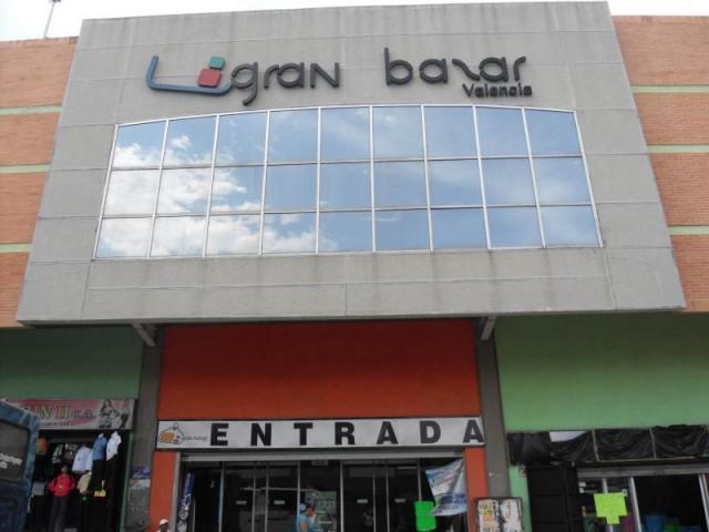 Local Comercial Carabobo>Valencia>La Candelaria - Alquiler:5.000 Bolivares - codigo: 16-17673