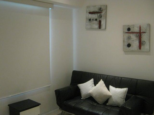 Apartamento Distrito Metropolitano>Caracas>Campo Alegre - Alquiler:19.200.000 Bolivares Fuertes - codigo: 16-17626