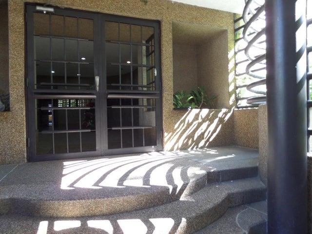 Apartamento Distrito Metropolitano>Caracas>Lomas del Avila - Venta:194.206.000.000 Precio Referencial - codigo: 16-17650