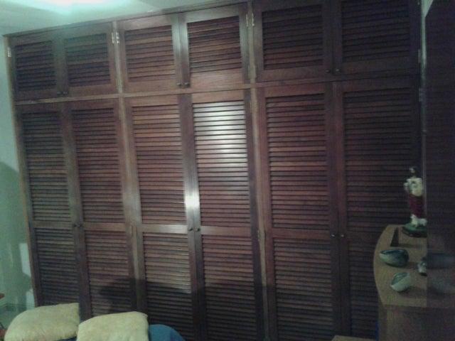Apartamento Miranda>San Antonio de los Altos>Los Salias - Venta:47.661.000.000 Precio Referencial - codigo: 16-17739