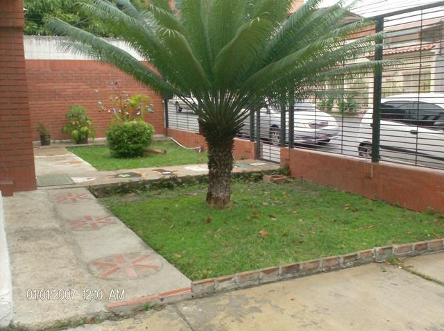 Casa Lara>Barquisimeto>Del Este - Venta:45.264.000.000 Bolivares - codigo: 16-17750