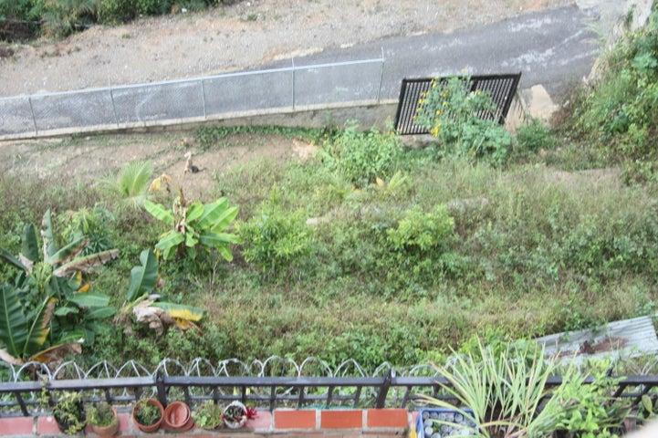 Terreno Distrito Metropolitano>Caracas>El Hatillo - Venta:18.322.000.000 Precio Referencial - codigo: 16-17779