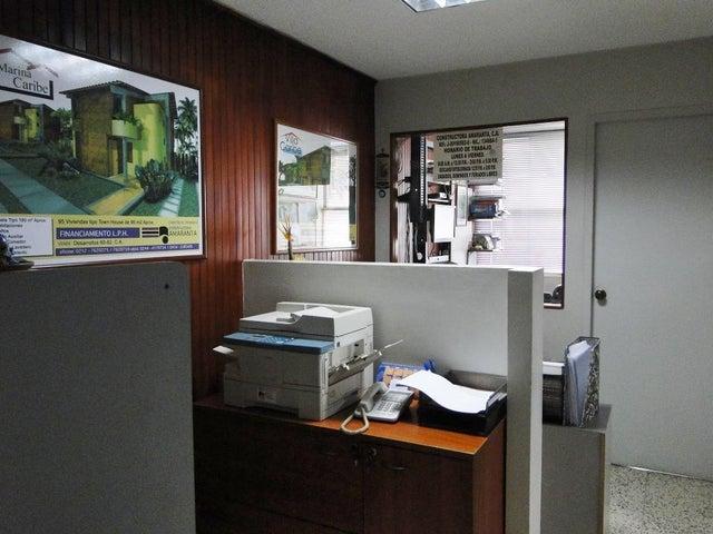 Oficina Distrito Metropolitano>Caracas>Sabana Grande - Alquiler:180.000.000 Bolivares Fuertes - codigo: 16-17820