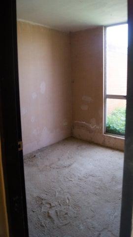 Apartamento Carabobo>Guacara>Carret Guacara - San Joaquin - Venta:84.500.000 Bolivares Fuertes - codigo: 16-17884