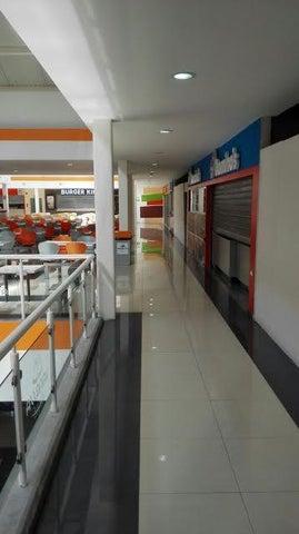 Local Comercial Miranda>Charallave>Los Samanes - Venta:108.190.000.000 Precio Referencial - codigo: 16-17964