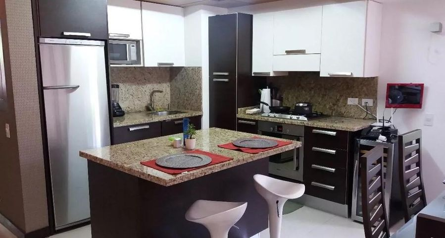 Apartamento Distrito Metropolitano>Caracas>El Peñon - Venta:1.247.987.000.000 Precio Referencial - codigo: 16-18446