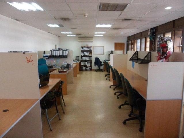 Oficina Distrito Metropolitano>Caracas>Los Palos Grandes - Alquiler:2.892.000.000 Precio Referencial - codigo: 16-18985