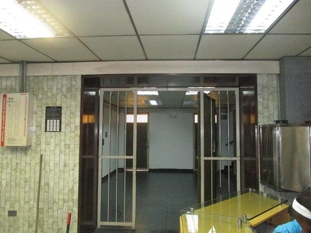Industrial Distrito Metropolitano>Caracas>El Marques - Venta:580.000 US Dollar - codigo: 16-19522