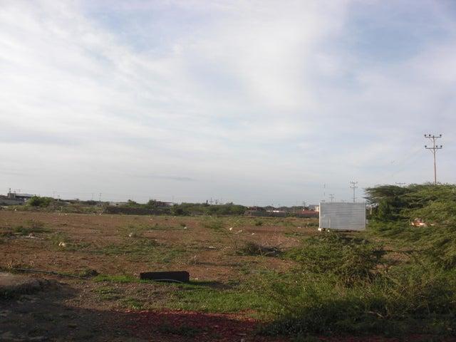 Terreno Falcon>Coro>Las Calderas - Venta:196.000.000 Bolivares - codigo: 16-20067