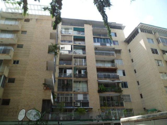 Oficina Distrito Metropolitano>Caracas>Los Palos Grandes - Alquiler:113.000.000 Bolivares - codigo: 16-20223