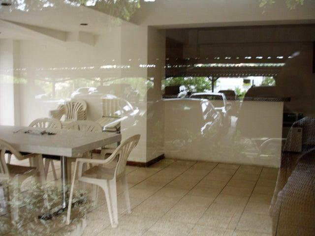 Apartamento Distrito Metropolitano>Caracas>La Alameda - Venta:200.000 US Dollar - codigo: 17-138