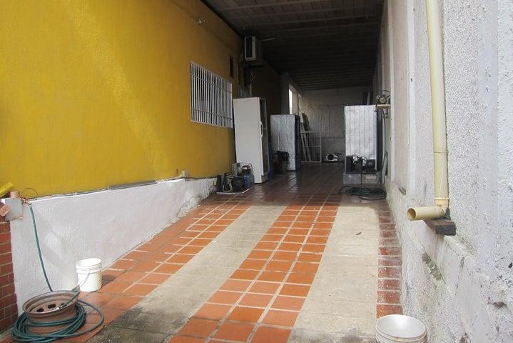 Casa Miranda>Charallave>Charallave Country - Venta:40.000 US Dollar - codigo: 17-340