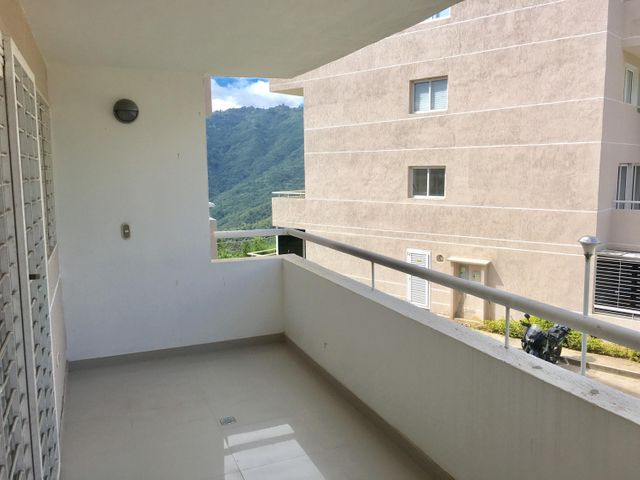 Apartamento Distrito Metropolitano>Caracas>Bosques de la Lagunita - Venta:35.000 US Dollar - codigo: 17-733