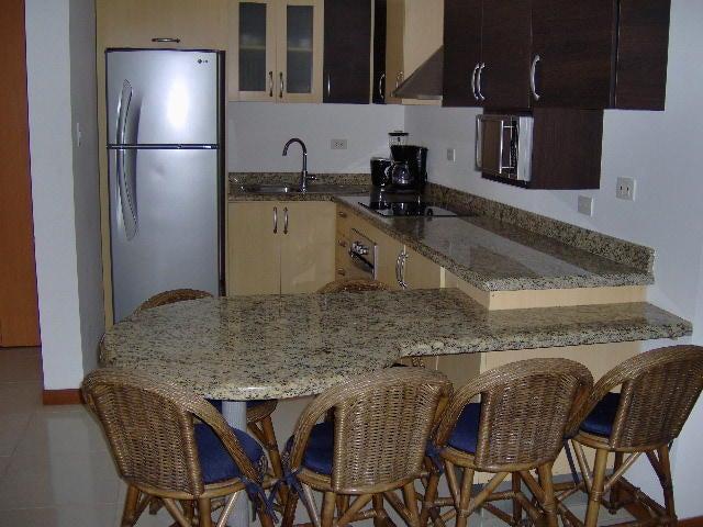 Apartamento Nueva Esparta>Margarita>Playa el Angel - Venta:75.000 Precio Referencial - codigo: 17-856
