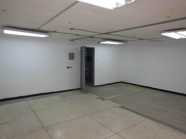 Oficina Distrito Metropolitano>Caracas>Parroquia La Candelaria - Venta:11.182.000.000 Precio Referencial - codigo: 16-688