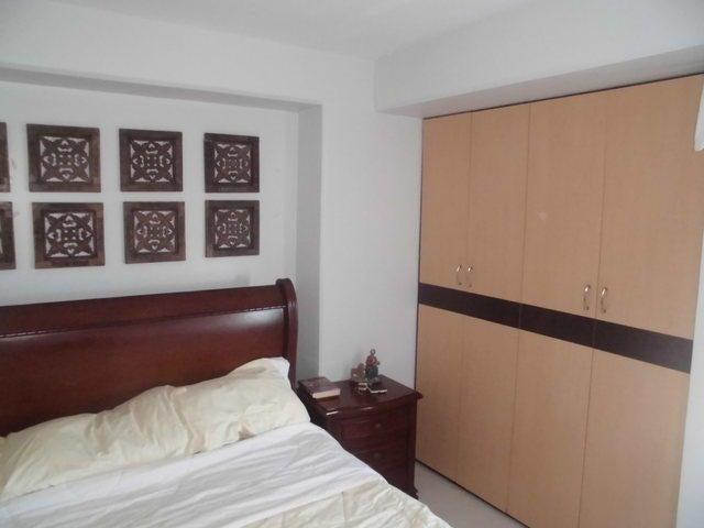 Apartamento Distrito Metropolitano>Caracas>Miravila - Venta:35.000 US Dollar - codigo: 17-917