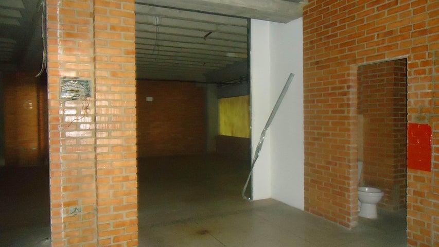 Local Comercial Lara>Barquisimeto>Centro - Venta:20.000 US Dollar - codigo: 17-938