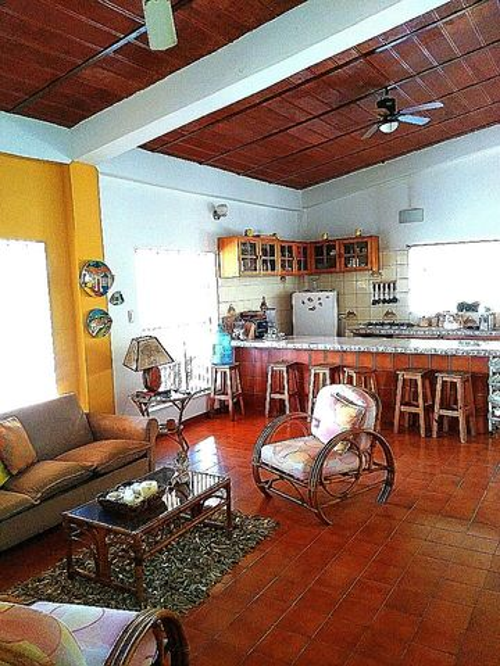 Casa Miranda>Rio Chico>Flor de Mayo - Venta:4.615.000.000 Bolivares - codigo: 17-1189