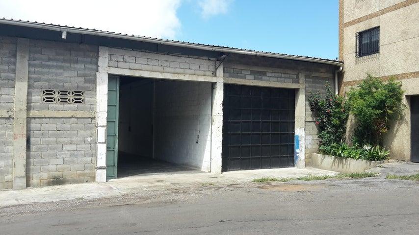 Galpon - Deposito Distrito Metropolitano>Caracas>El Junquito - Venta:21.000 Precio Referencial - codigo: 17-1231