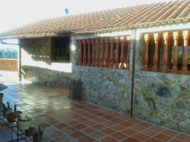 Casa Distrito Metropolitano>Caracas>Monte Claro - Venta:67.835.000 Precio Referencial - codigo: 17-2754