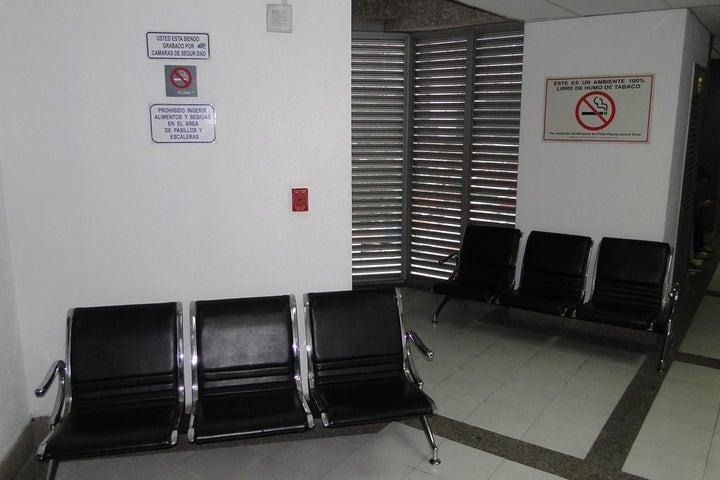 Consultorio Medico  Distrito Metropolitano>Caracas>San Bernardino - Venta:50.000 Precio Referencial - codigo: 17-1379