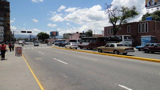 Local Comercial Lara>Barquisimeto>Parroquia Catedral - Venta:4.500 US Dollar - codigo: 17-1511