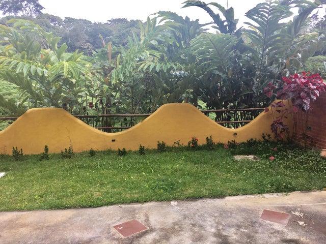 Apartamento Distrito Metropolitano>Caracas>El Hatillo - Venta:110.000 Precio Referencial - codigo: 17-1745