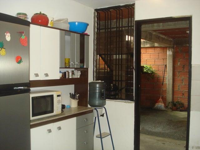 Townhouse Miranda>Guarenas>Nueva Casarapa - Venta:3.464.000.000 Bolivares - codigo: 17-1774