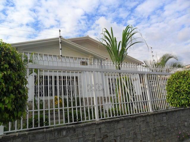 Casa Distrito Metropolitano>Caracas>Vista Alegre - Venta:170.000 Precio Referencial - codigo: 17-1783