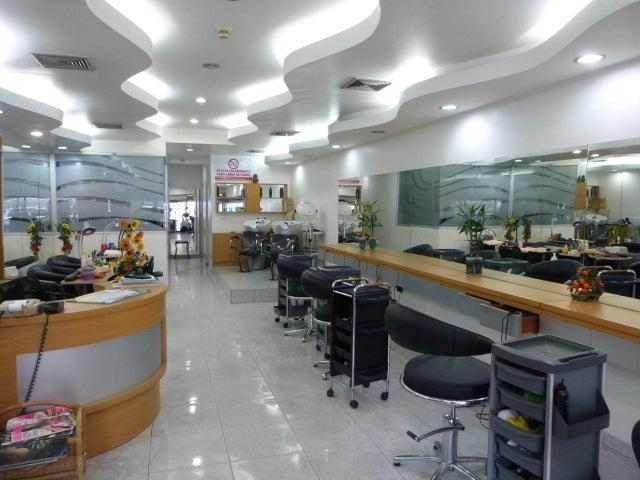 Local Comercial Distrito Metropolitano>Caracas>Los Ruices - Venta:130.000 Precio Referencial - codigo: 17-2952