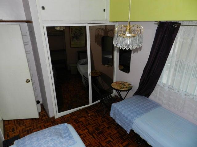 Apartamento Distrito Metropolitano>Caracas>Los Dos Caminos - Venta:22.632.000.000 Bolivares Fuertes - codigo: 17-2071