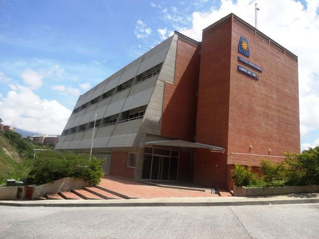 Oficina Distrito Metropolitano>Caracas>Lomas del Sol - Venta:22.559.000.000 Bolivares - codigo: 17-1981