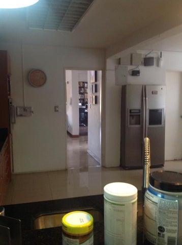 Casa Distrito Metropolitano>Caracas>Prados del Este - Venta:220.000 Precio Referencial - codigo: 17-2143