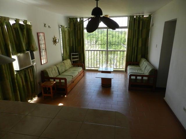Apartamento Miranda>Rio Chico>Las Mercedes de Paparo - Venta:1.584.000.000 Bolivares Fuertes - codigo: 17-2222