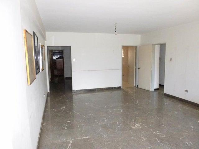 Apartamento Distrito Metropolitano>Caracas>Altamira - Venta:120.000 Precio Referencial - codigo: 16-13258