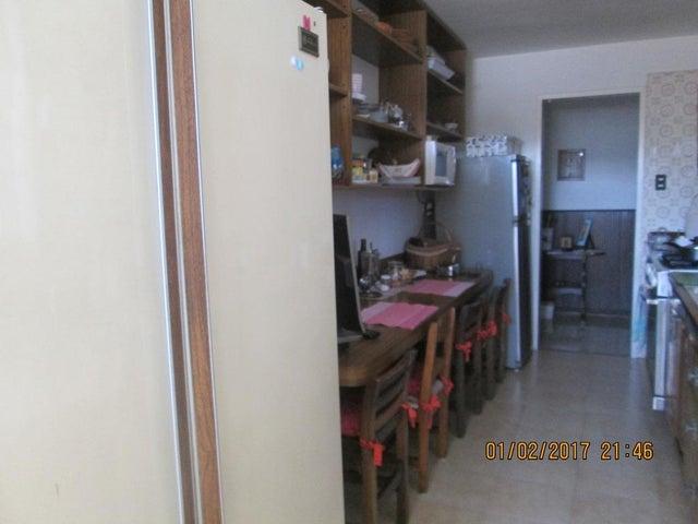 Apartamento Distrito Metropolitano>Caracas>El Marques - Venta:80.000 Precio Referencial - codigo: 17-2234