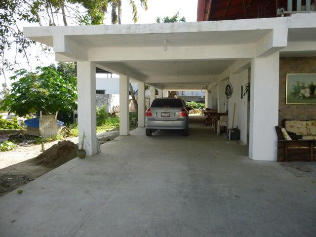 Casa Vargas>Catia La Mar>Playa Verde - Venta:16.000.000.000 Bolivares - codigo: 17-2476