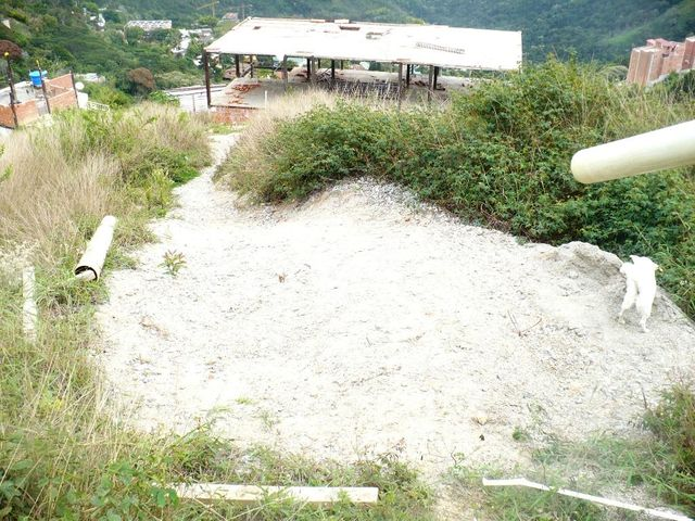 Anexo Distrito Metropolitano>Caracas>Oripoto - Venta:32.000 Precio Referencial - codigo: 17-2504