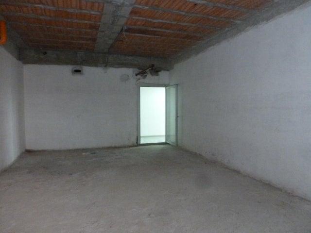 Local Comercial Distrito Metropolitano>Caracas>Los Dos Caminos - Venta:105.000 US Dollar - codigo: 17-2903